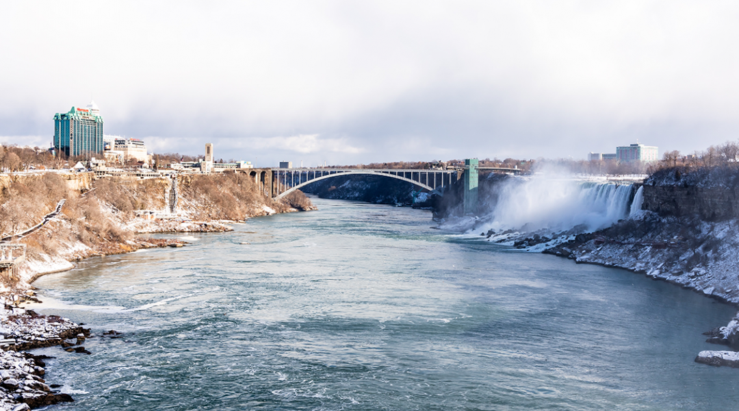 Niagara Falls border set to re-open in August for vaccinated Americans